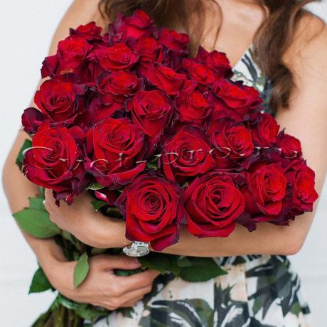 25 роз с красной лентой, купить цветы Тольятти, доставка цветов в Тольятти, красная роза, Cvet-pro