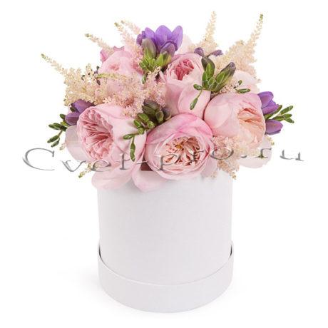 Цветы в коробке Сердце Карла, купить цветы Тольятти