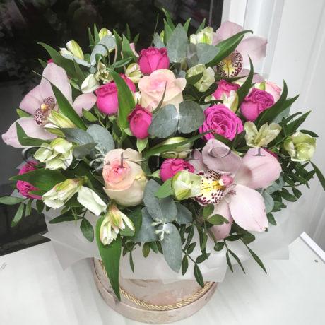 доставка цветов в тольятти, Шляпная коробка Фантастическая