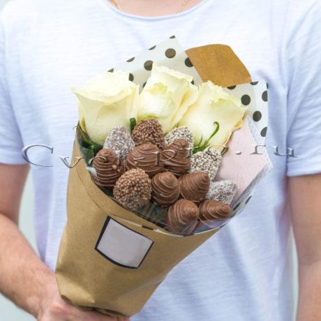 Детский букет Комплимент с розами